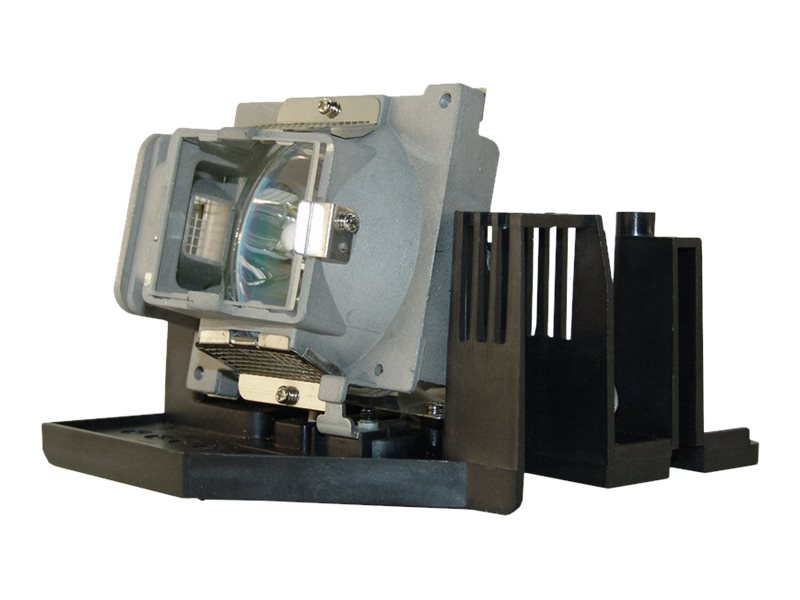 BTI Replacement Lamp for SP820